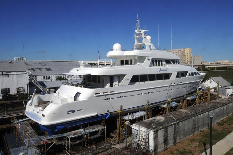 Billionaire wags finger at america s middle class for Greenes boat and motor