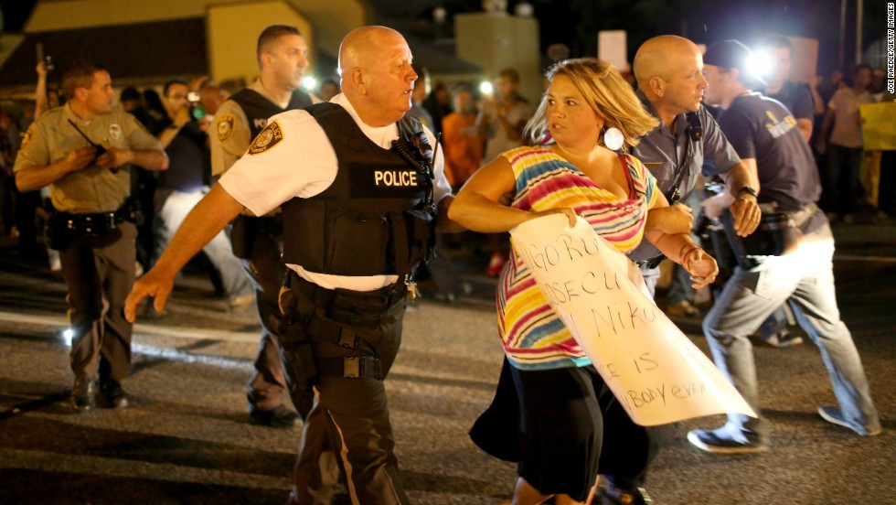 Will Ferguson\'s police chief be next? / The-Ave.US