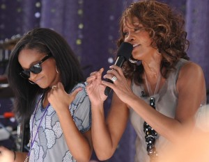 1024px-Flickr_Whitney_Houston_performing_on_GMA_2009_5